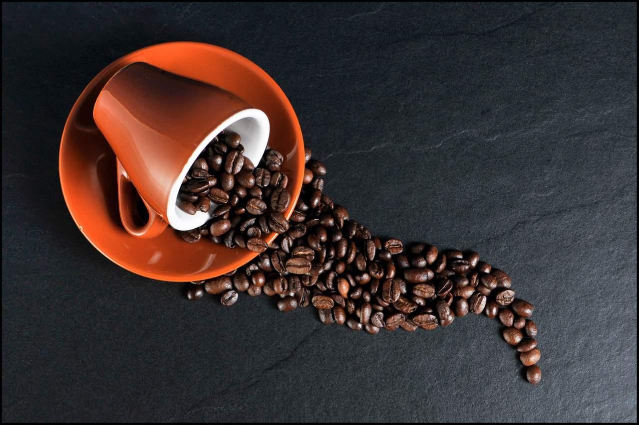 Καταναλώνεις υπερβολική καφεΐνη μέσα στη μέρα!