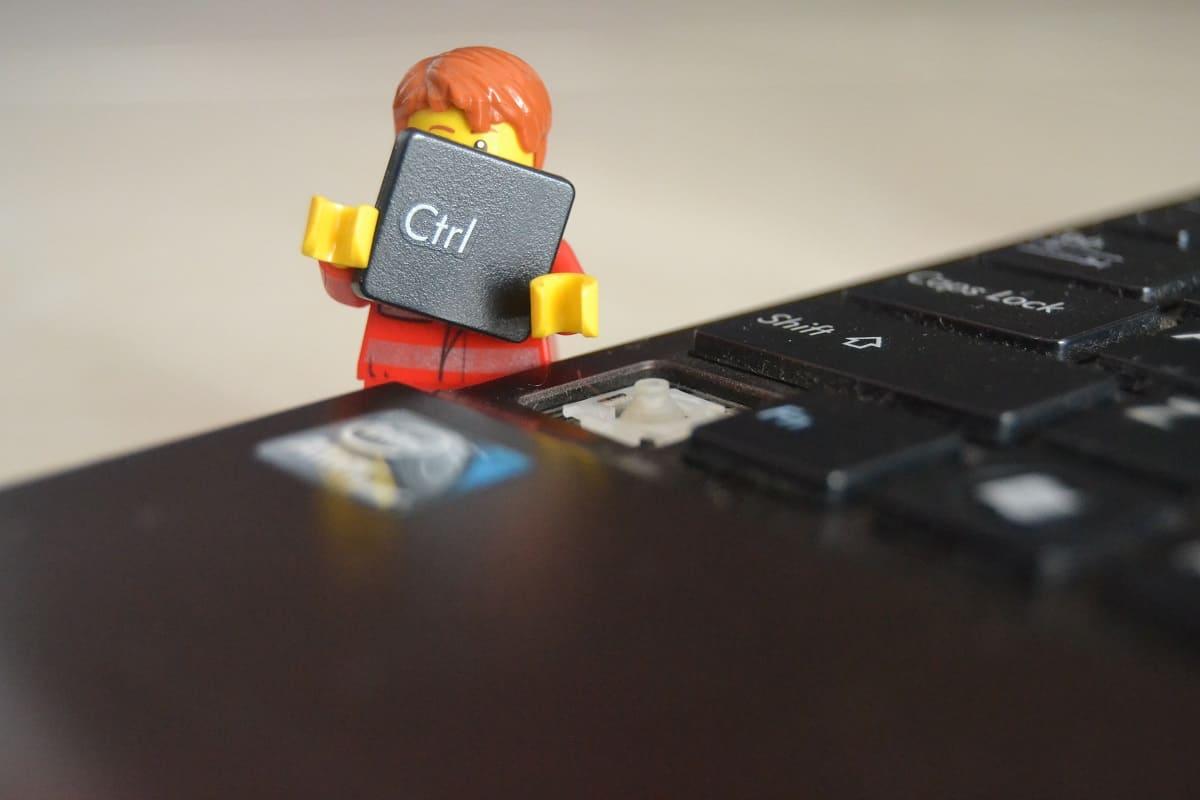 Δεν ανοίγει ο υπολογιστής: Μαύρη οθόνη, Windows σφάλματα και άλλα