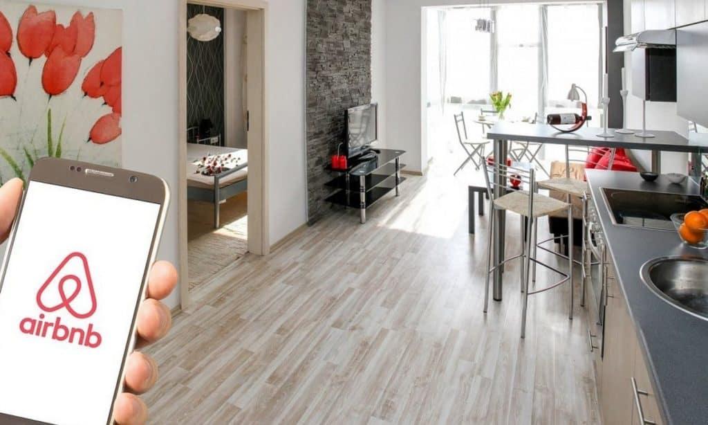 airbnb εφαρμγοή για κινητό