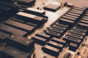 Βασικός συνεργάτης της Intel γίνεται πλέον η TSMC