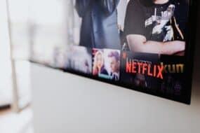 Netflix 2021: Ποια είναι τα νέα ντοκιμαντέρ και ριάλιτι που θα δούμε τον Ιούνιο