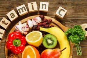 Ποιες τροφές είναι πλούσιες σε βιταμίνη C
